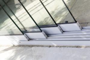 Glazen schuifsysteem