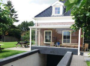 Glazen Onderbouw Door Vriesia Glas