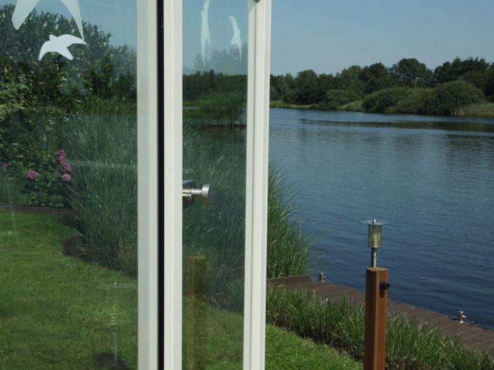Glazen windscherm Earnewoude door Vriesia bouwen met glas