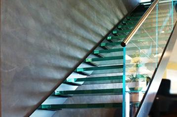 Glazen Trap In Showroom Vriesia